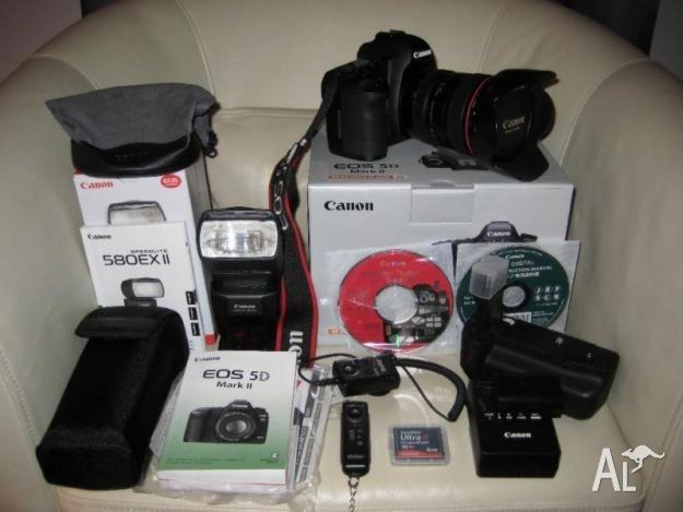 WE SELL: Nikon D90..Nikon D800..Nikon D7000..Nikon