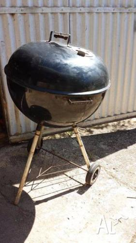 WEBER BLACK ONE TOUCH KETTLE BBQ