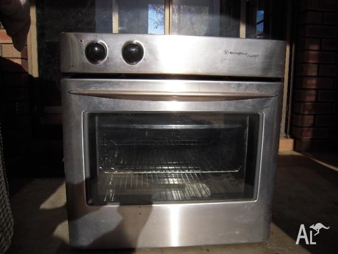 Westinghouse Freestyle Poh663s S S Fan Forced Wall Oven