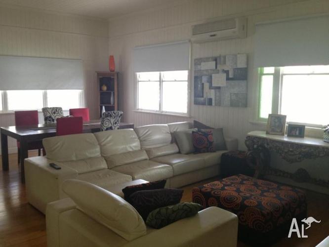WILSTON MODERN QLD/LANDER House Internet&Power Included