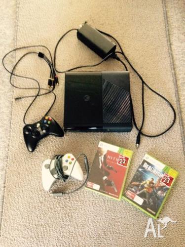 Xbox 360 E console 4GB