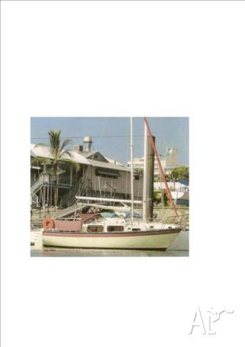 Yacht, Roberts Adventurer 7- 22ft motor/sail boat- 13hp