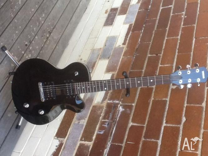 yamaha aes420 electric guitar for sale in cremorne new south wales classified. Black Bedroom Furniture Sets. Home Design Ideas
