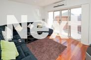 Master Bedroom in Brand New Town House - Central