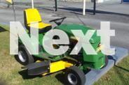 Near New COX 38
