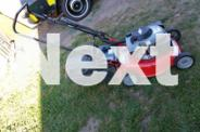 ROVER 4 STROKE MOWER AND CATCHER