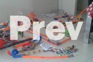 Multiple sets of Hotwheel toys