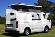 Toyota Hiace Discoverer Automatic - Pop-top roof, Solar