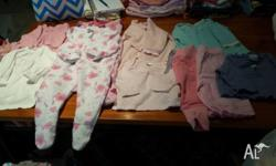 Selling 00 baby girl winter clothing, selling for $2