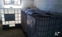 1000L PLASTIC TANKS MESH or ALUMINIUM CAGE MOVEABLE