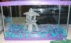 I am selling a 10 litre tank comes with tank, lid,