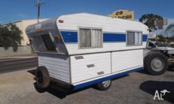 15' prattline low-tow caravan. double bed folds up to