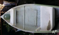 16 foot canoe with 2 seats, evinrude 4hp outboard