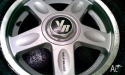 set of four 16X7,5 jdm volk racing rims comes with four