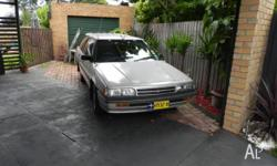 1990 Mitsubishi Magna TP Executive Station Wagon 5