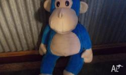 for sale 1 xl blue monkey and one XL teddy bear as new