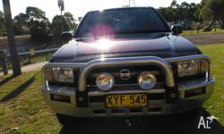 AUTO 4X4 PATHFINDER LONG REGO V6 FACTORY ALLOYS