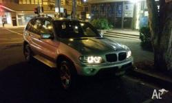 BMW X5 2007 MY06 makes driving a luxury. It has 10