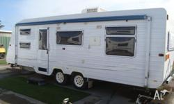 2007 COMPASS FAMILY CARAVAN 21 FT 6. SEPARATE SHOWER