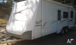 2008 26ft Jayco Stirling 5 berth Caravan, double bed &