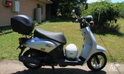 Excellent condition 50cc scooter, Has current road
