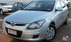 This 2011 Hyundai i30 SX Hatch includes features such