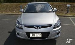 This Hyundai i30 2011 is a great first car or family
