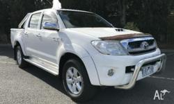 2011 Toyota Hilux KUN26R MY11 Upgrade SR5 (4x4) White 4