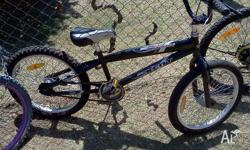 20 inch boys bike in excellent condition. Kent Barrage