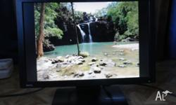 22 Inch computer monitor in great condition, great
