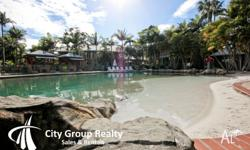 Centrally located at Mermaid Beach, Diamond Sands