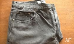 I have for sale 2 pairs of cotton men's jeans. The
