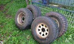 "I am Selling 4x Maxxis Big Horn 31"" Mud Terrain Tyres,"