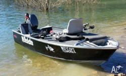 3.7 Stacer Tinny 20 hp Yamaha 4 stroke low hours Brand