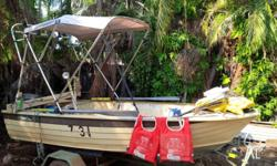 OARS,4X LIFEJACKETS,25 LITRE TANK,ANCHORS,FULL FLOOR