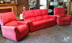 3 PIECE LOUNGE SUITE. RED IN COLOUR. 2 X RECLINERS AND