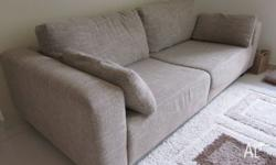 I'm selling a 3 seater fabric sofa in very good