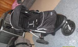 Excellent condition 3 wheel Zuzu pram Toddler seat Rain