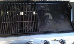 4-burner Gas BBQ $100 - negotiable Only 6 months old