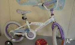 40 cm Southern Star Girl's Bicycle, clean and in good
