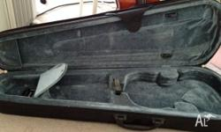 Need a case? Look no more :) Selling my old violin