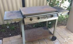 Grill and hot plate with lid. Free to a good home. Gas