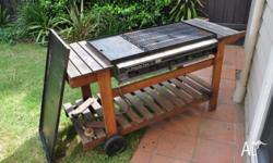 5 burner bbq but one of the burners (second from the