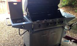 2 years old, hardly used BBQ, very good condition. 4
