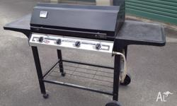 4 burner gas BBQ in excellent condition and in perfect