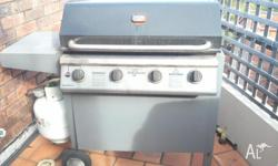 4 burner GRILLMASTER bbq from myer fully functional hot