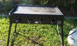 4 BURNER JACKAROO FLAT TOP BBQ USED AND IN GREAT