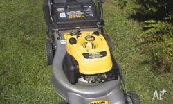 4 Stroke Mower&Catcher-Excellent Cond 3 Month Warranty