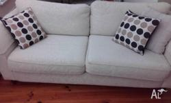 2 seater and 3 seater French Style Sofa in very good