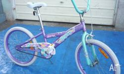 Two 50 cm girl's bicycles in good and fully functional